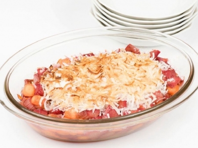 Rhubarb and carrot with coconut topping