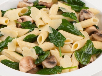 Spinach and mushroom pasta