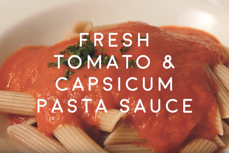 Fresh tomato and capsicum pasta sauce