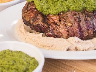 Green sauce and bean purée