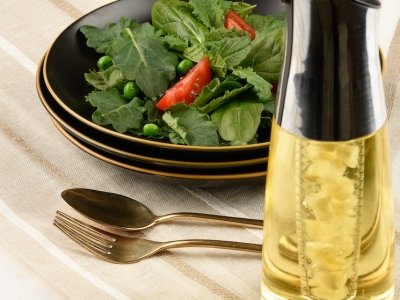 Garlic infused oil for salad leaves