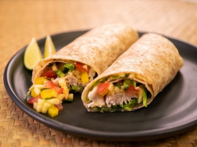 Grilled fish wrap with pineapple and tomato salsa