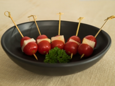 Cherry tomato and kohlrabi kebabs