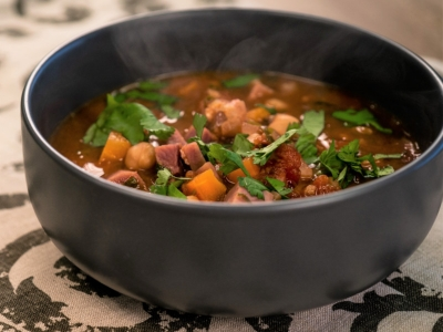 Kūmara, tomato and chickpea soup