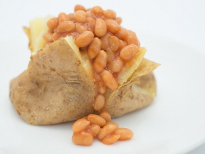 Baked potatoes with baked beans