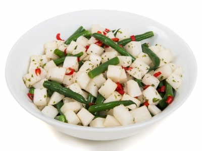Bean and Daikon radish salad