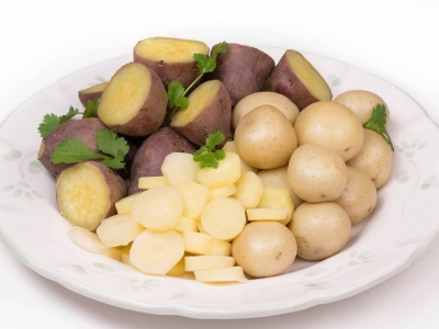 Boiled potatoes, kūmara and parsnips