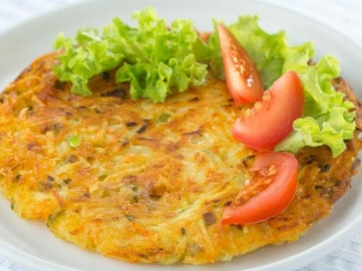 Vegetables and potato cake