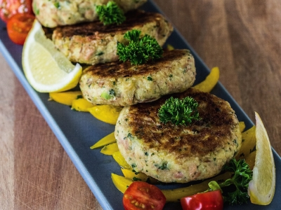 Tuna and potato patties